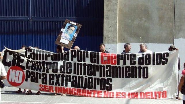 Imagen-frente-CIE-Valencia-CIES_EDIIMA20140419_0047_13