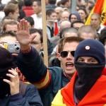 fascista-inquieta-Policia-previsibles-controlados_EDIIMA20131011_0355_4
