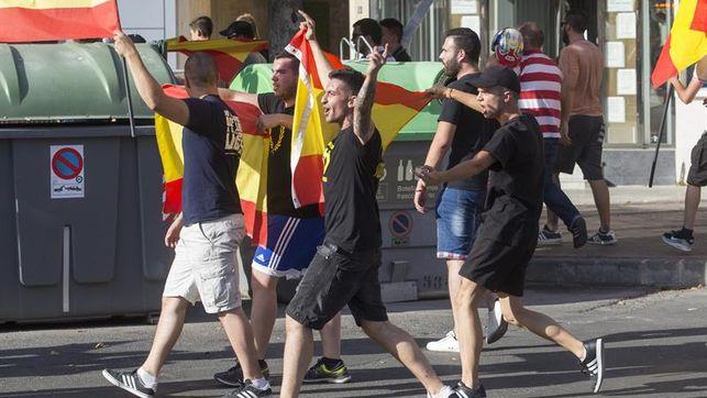 Desfile-incidentes-policiales-neonazis-Podemos_EDIIMA20170617_0398_4